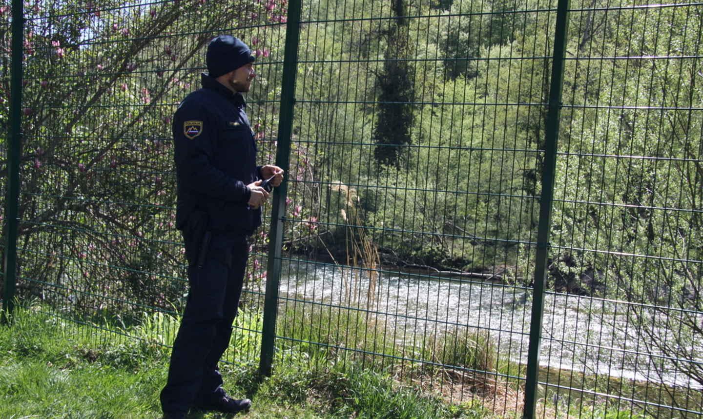 Slovenija na granicu s Hrvatskom šalje dodatnih tisuću policajaca zbog porasta broja migranata