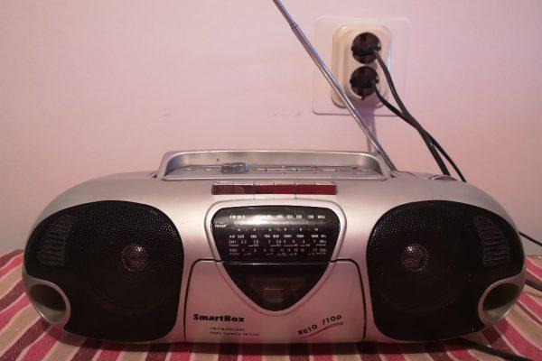 Radiokazetofon-SmartBox-01.jpg